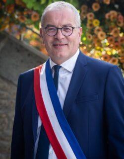 Eric Robin, maire de Merdrignac